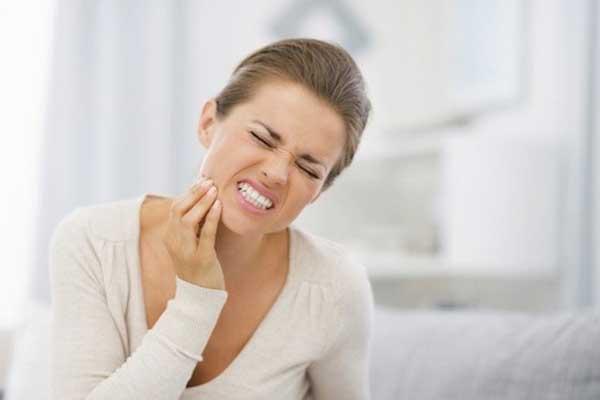 Mal di testa e denti